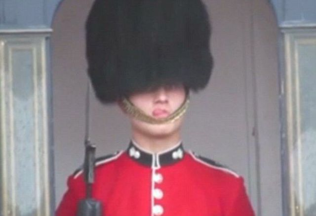 The Queen's Guard Suffers an Annoying Clothing Fail