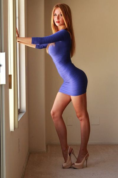 Sexy Ladies in Skin-tight Dresses
