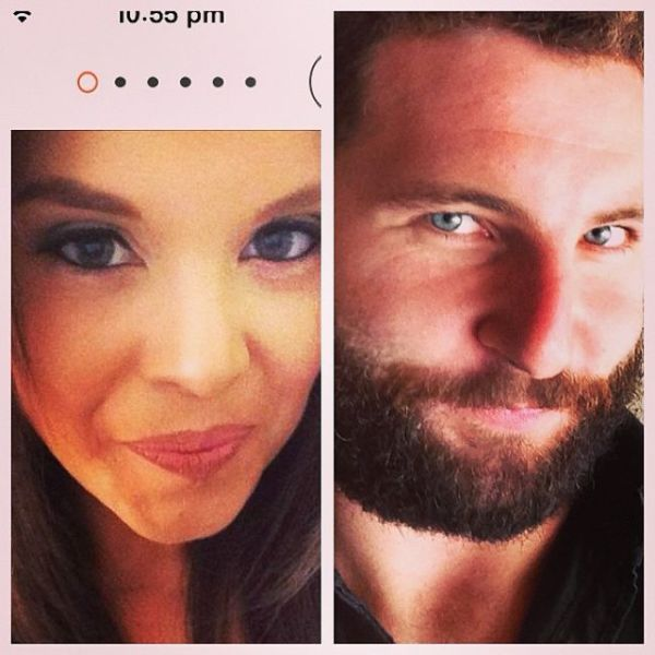 One Guy Recreates Tinder Profile Pics of Girls