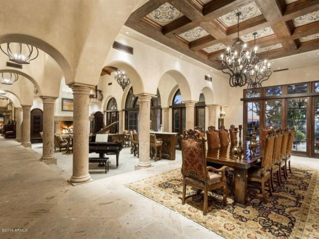 A Palatial Home That Is Fit for a King