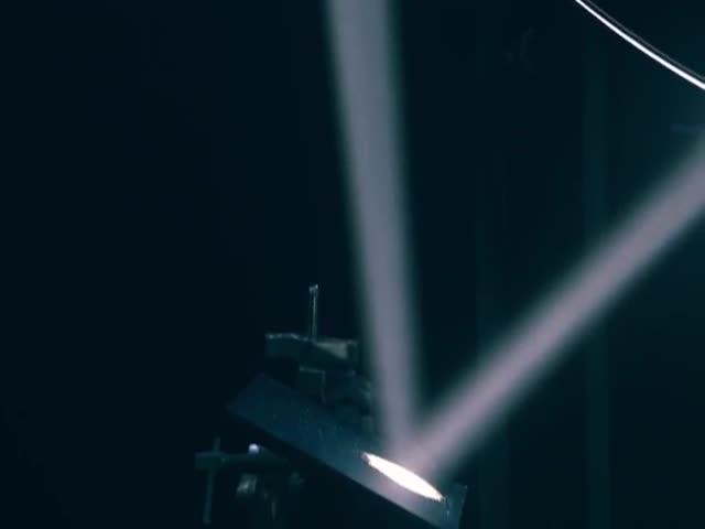 Stunning and Mesmerizing Rube Goldberg Machine Powered by Light