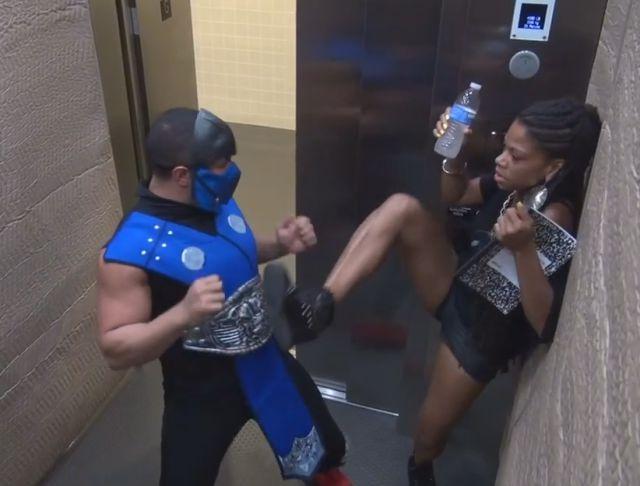 Mortal Kombat Elevator Scare Prank