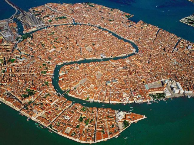 Aerial Views of the Most Spectacularly Beautiful Places on the Planet