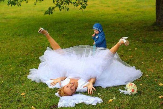 The Best Wedding Photobombs Ever