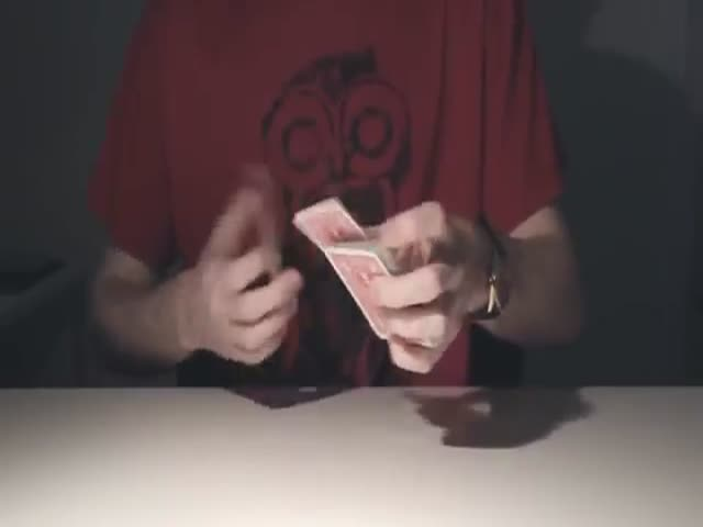 Mind-Blowing Card Shuffling Flair  (VIDEO)