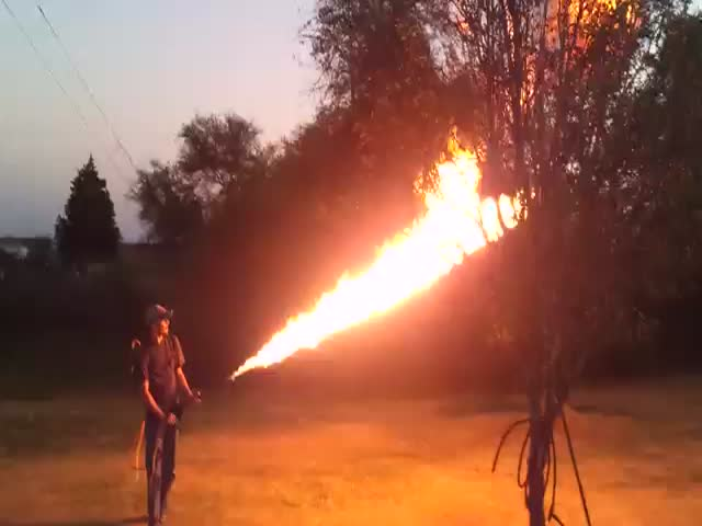 Guy Builds Flamethrower, Girlfriend Disapproves  (VIDEO)