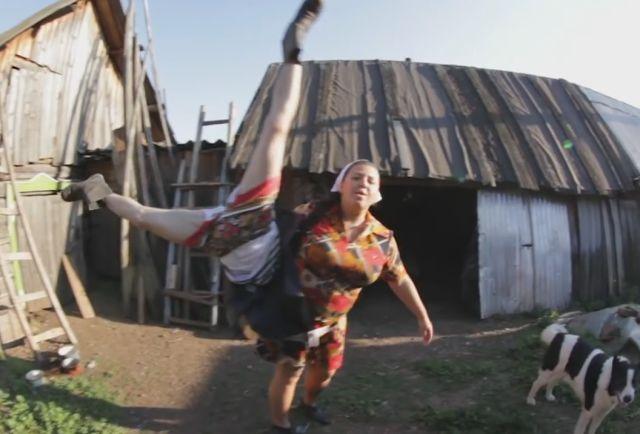 Russian Villagers Parody Kiesza