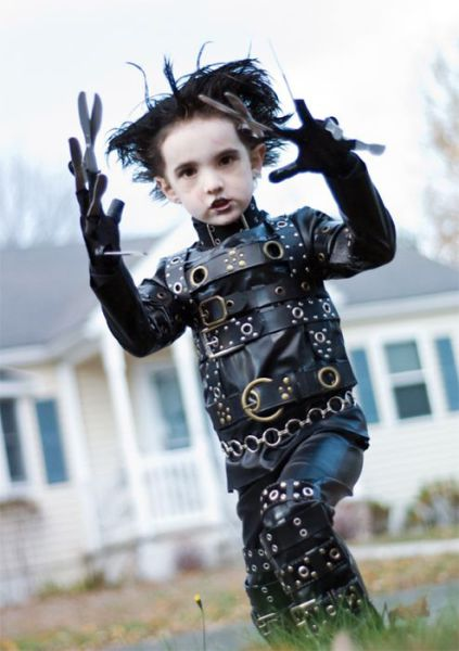 Kids Who Are Kicking Ass in Their Halloween Costumes