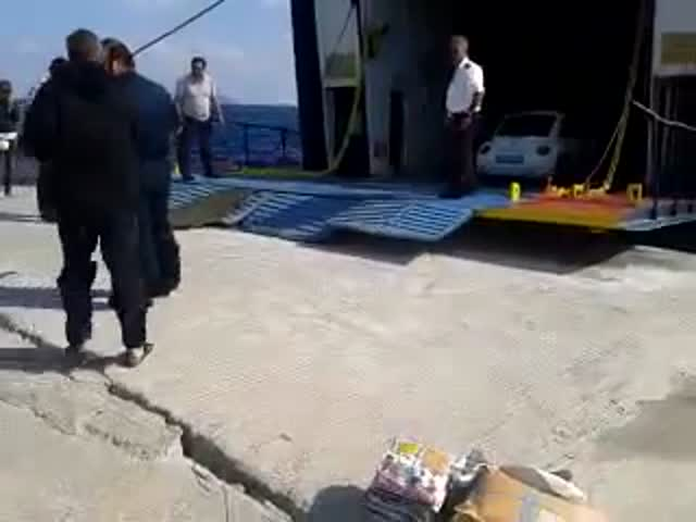 Loading a Ferry Can Be a Complicated Task  (VIDEO)