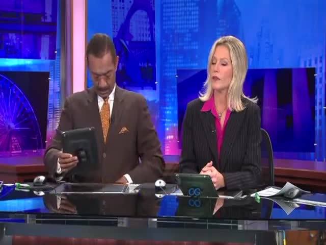 Check Out What These Two News Anchors Do during Commercial Breaks