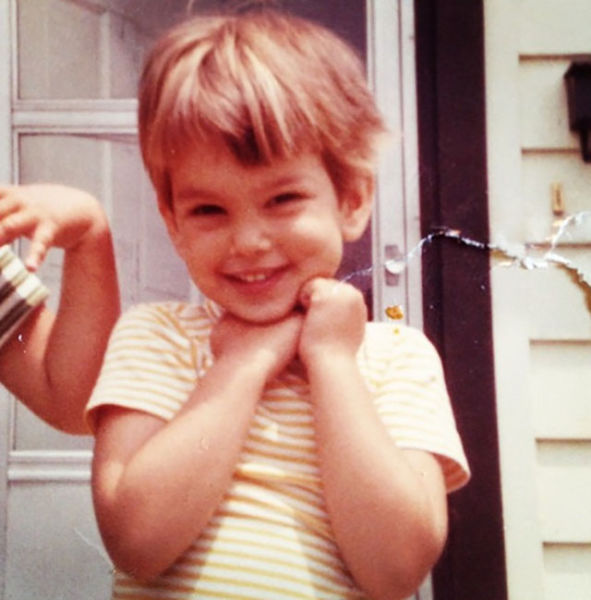 Adorable Childhood Photos of Famous Stars