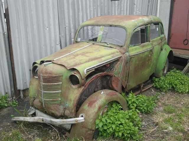 An Impressive Restoration of a Beat Up Car