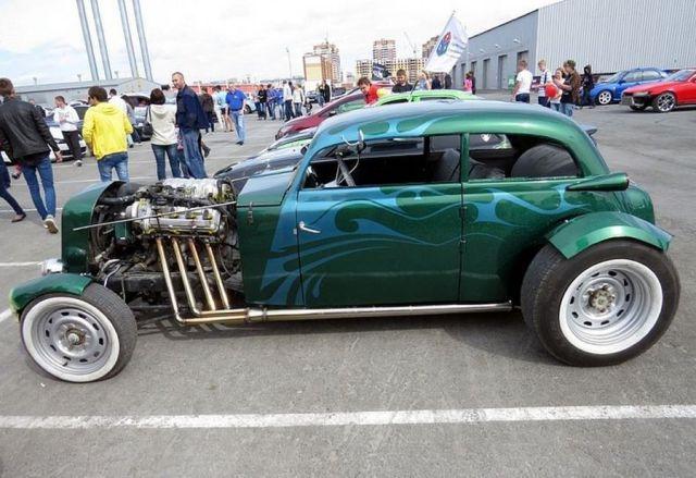 An Impressive Restoration of a Beat Up Car