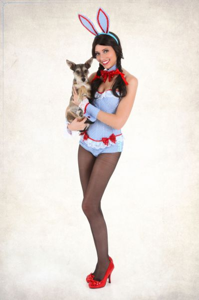 Sexy Cospay Playboy Bunnies of Oz [Mashup]