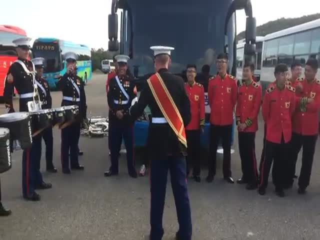US Marine Band vs South Korean Army Band Drum Battle  (VIDEO)