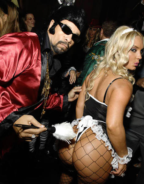 Halloween Costumes That Are All About the Booty