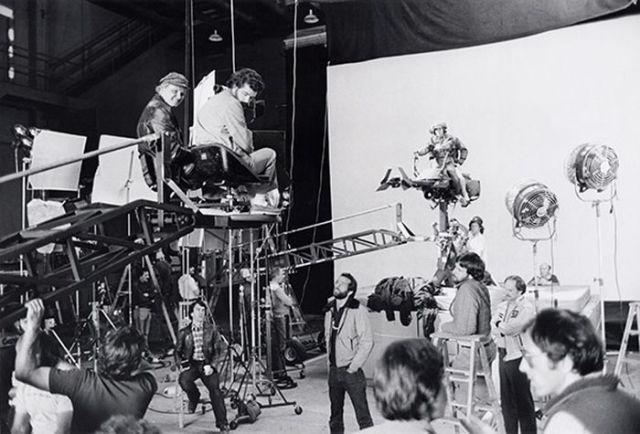 "Old Set and Cast Photos of the Hit Star Wars Film ""Return of the Jedi"""