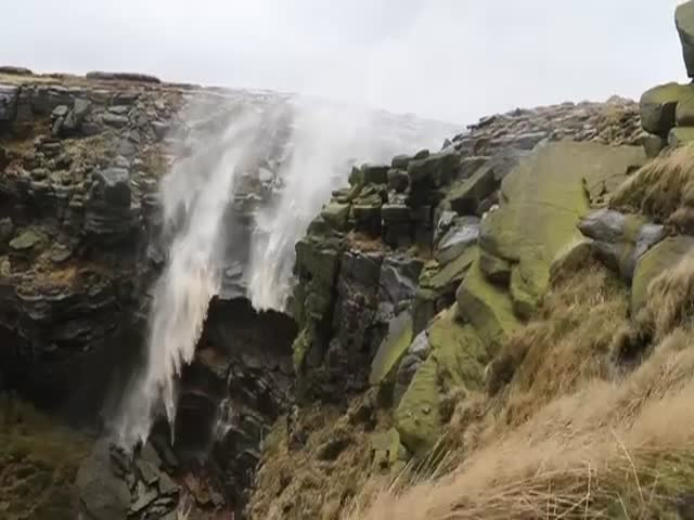 Powerful Winds Cause Waterfall to Go Upwards