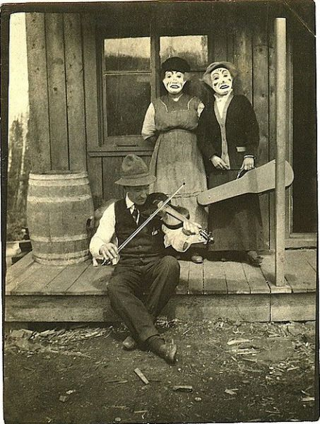 Vintage Halloween Costumes That Will Scare the Pants off of You