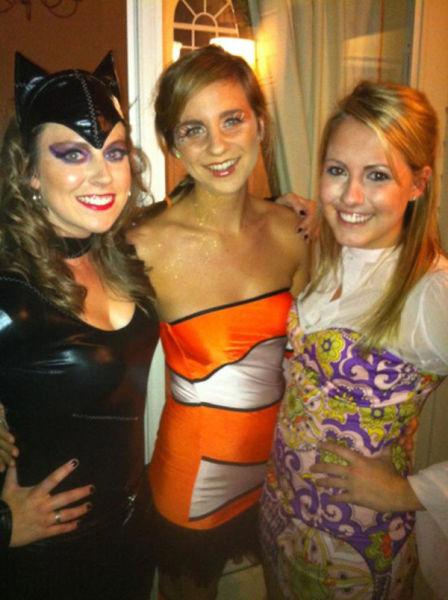 Cute Girls Look Smoking Hot in Halloween Costumes