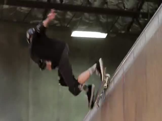 Tony Hawk Is 46 and He Still Kills It  (VIDEO)