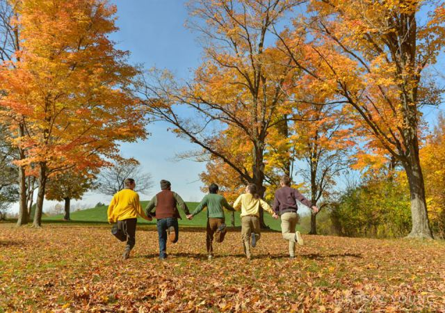 A Fun Autumn Photo Shoot