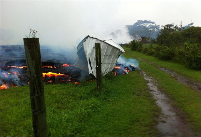 Lava Stream Threatens Nearby Town in Hawaii