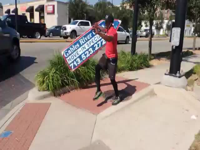 Sign Spinning Guy Shows Off His Mad Skills