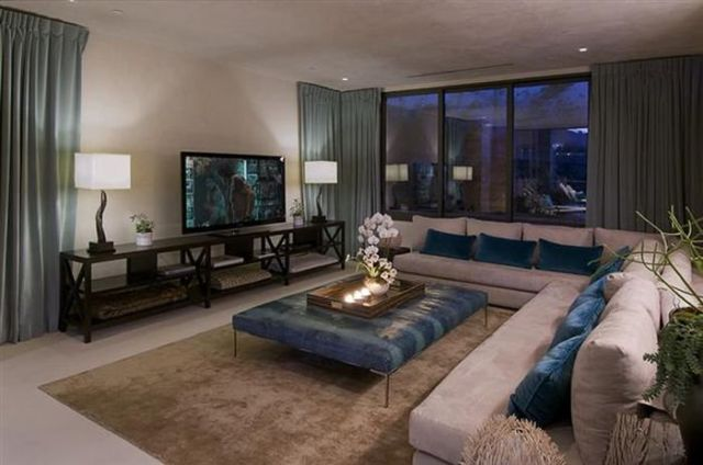 A Luxury Bachelor Pad Fit for a King