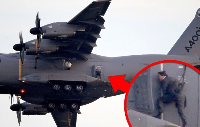 Tom Cruise Performs a Crazy Death Defying Stunt