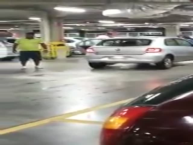 Insane Road Rage Over a Mall Parking Spot