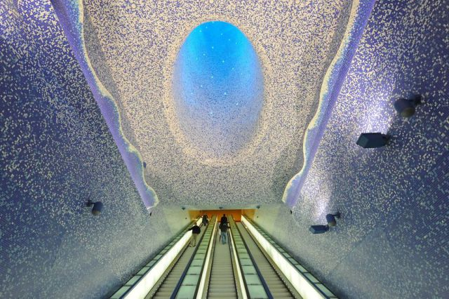 Stunning Metro Stations Worldwide