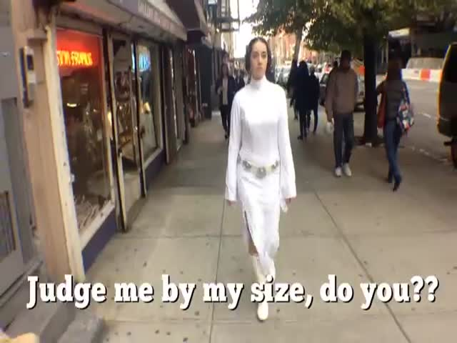10 Hours Princess Leia Walking in NYC