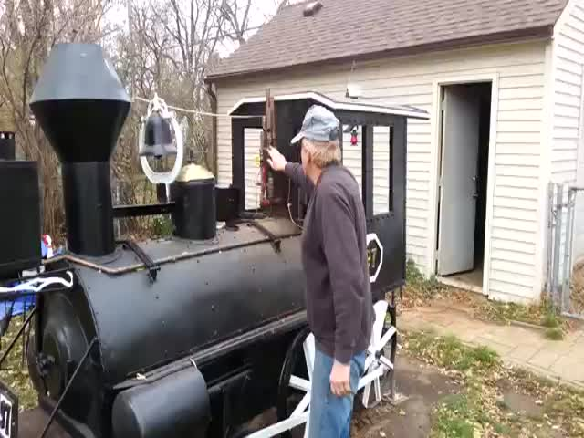 Old Man Spent 3 Years Building a Train BBQ Smoker  (VIDEO)