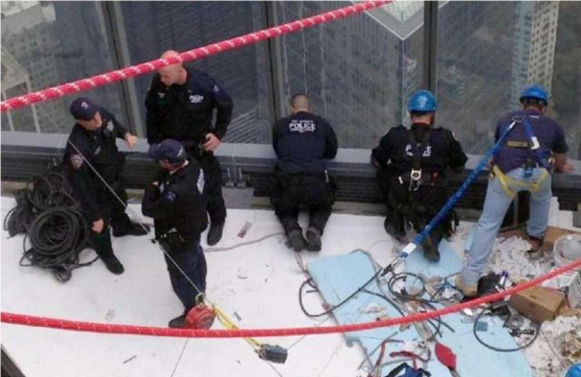 Window Washers Takes a Tumble in Mid-Air