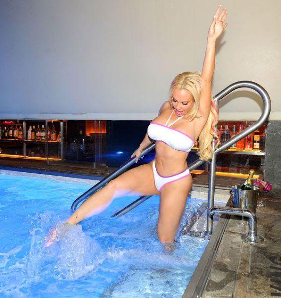 Coco Austin Shows off Her Beach Body in a Bikini