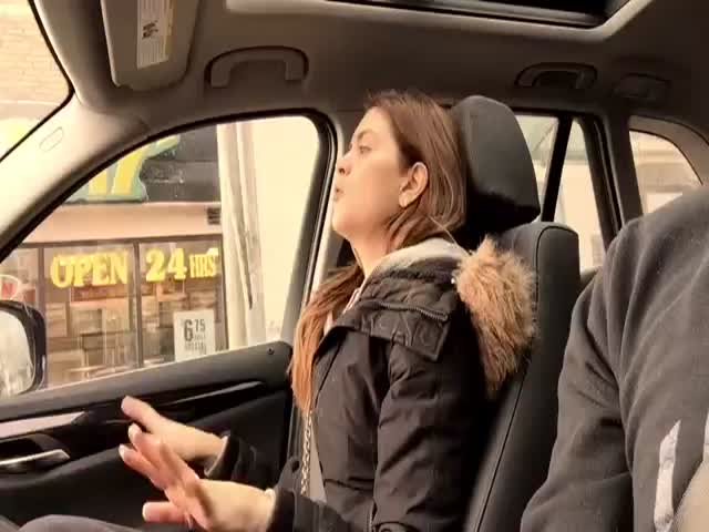 Husband Secretly Films His Wife as She Raps in the Car