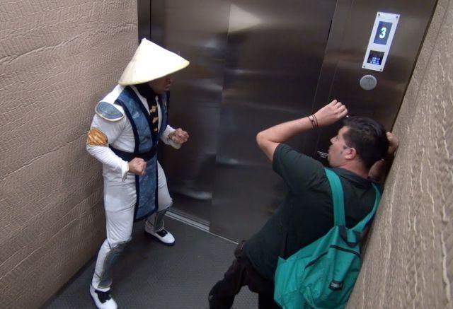 Mortal Kombat Elevator Scare Prank - Raiden Edition