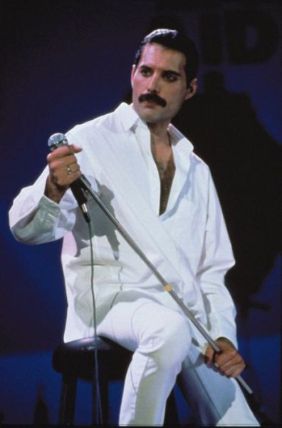 A Photo Tribute to the Great Music Legend Freddie Mercury