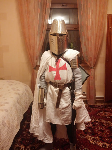 a diy guide to making your own knight costume  12 pics