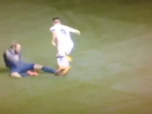 The Biggest Overreaction to a Tackle Ever  (VIDEO)