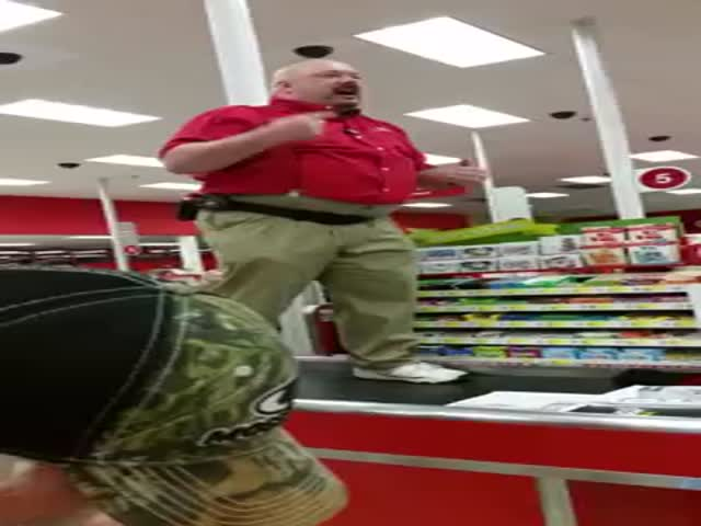 Target Manager Delivers an Epic, Motivational Black Friday Pep Talk, '300' Style!