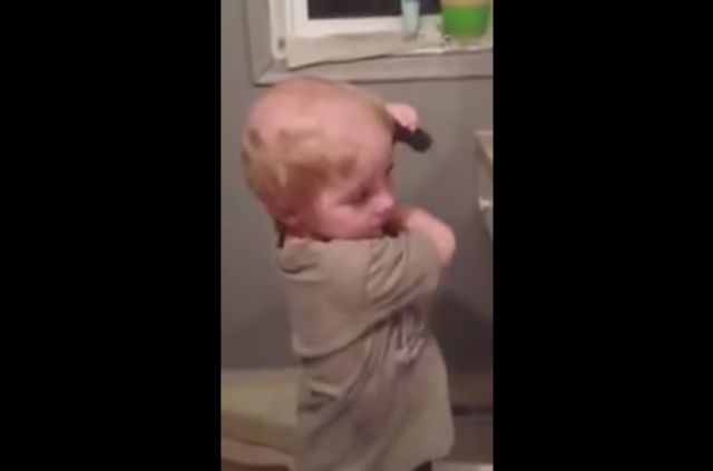 Toddler Confused the Comb and the Electric Trimmer