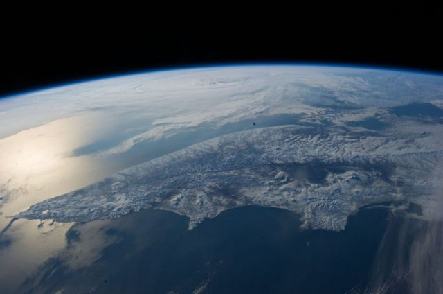 Pictures of Earth From 200 Miles up in Space are Simply Spectacular
