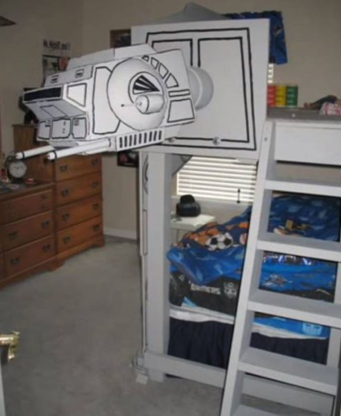 A Cool Star Wars Bed Built by Awesome Parents