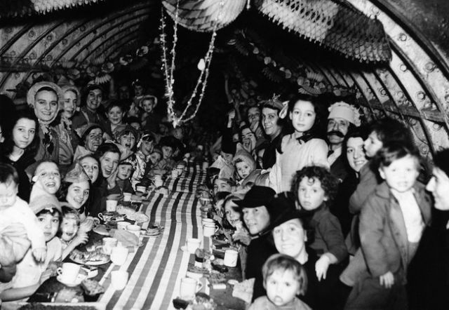 Classic Photos of Christmas Over the Years