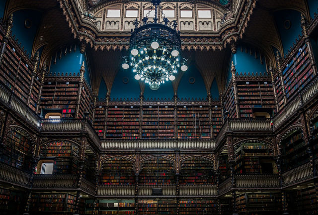 The Most Charming and Exquisite Libraries from around the World