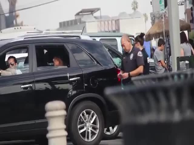 'Coke in the Trunk' Prank on Cops  (VIDEO)
