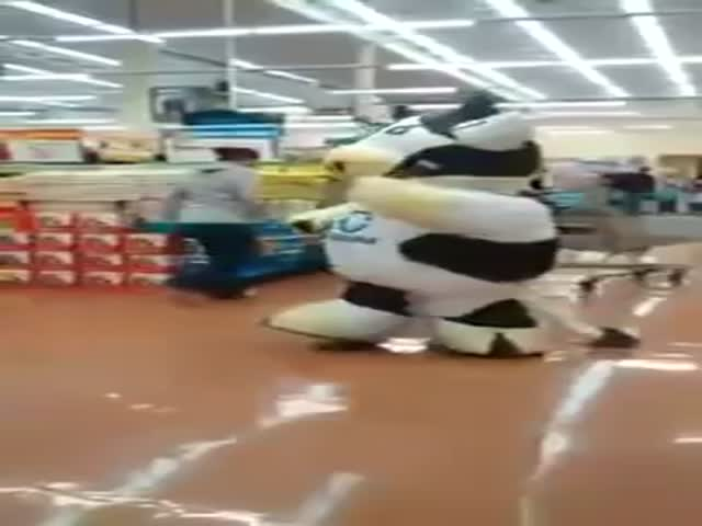 This Dancing Mascot Spotted in a Mexican Market Gives It All!