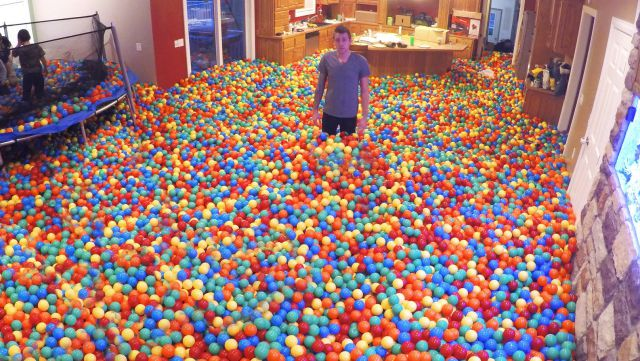 Guy Pranks His Wife by Turning Their House into the Biggest Ball Pit Ever